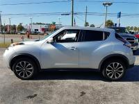 Options:  2017 Nissan Juke Sv 4Dr Crossover|Silver|Axle