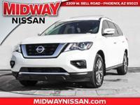 2017 Nissan Pathfinder SV 27/20 Highway/City MPG