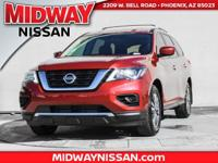2017 Nissan Pathfinder S 27/20 Highway/City MPG