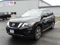 CARFAX One-Owner. Magnetic Black Metallic 2017 Nissan