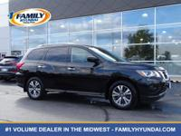 Come see this 2017 Nissan Pathfinder SV. Its Variable