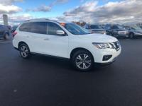 Glacier White 2017 Nissan Pathfinder SV FWD CVT with
