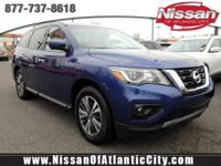 Come see this 2017 Nissan Pathfinder SL. Its Variable