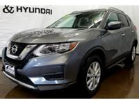 This Nissan Rogue has a L4, 2.5L high output engine.