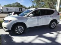 2017 Nissan Rogue SV Like NEW !!  **ONLY 400 miles! **