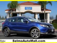 Clean CARFAX. Certified. Gun Metallic 2017 Nissan Rogue