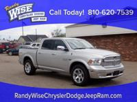 2017 1500 Laramie Clean CARFAX One Owner **4WD**Rear