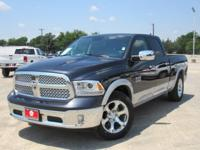 EPA 27 MPG Hwy/19 MPG City! CARFAX 1-Owner, LOW MILES -