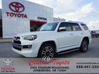 4WD, Blk,Blk. Blizzard Pearl 2017 Toyota 4Runner
