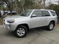 This 2017 Toyota 4Runner 4dr SR5 4WD features a 4.0L V6