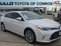 White 2017 Toyota Avalon Limited 30/21 Highway/City