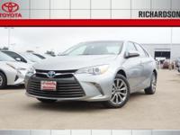2017 Toyota Camry Hybrid XLE 2.5L I4 Hybrid DOHC. 37/40