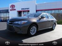 Options:  2017 Toyota Camry Hybrid Le|Blue|2017 Toyota