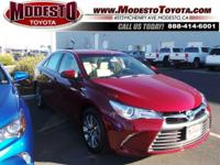 2017 Toyota Camry Hybrid XLE 37/40 Highway/City MPG