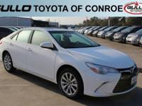 White 2017 Toyota Camry XLE 33/24 Highway/City