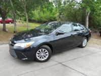 This 2017 Toyota Camry 4dr LE Automatic features a 2.5L