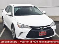 CARFAX One-Owner. Super White 2017 Toyota Camry SE FWD