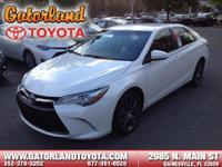 2017 Toyota Camry XSE STOP!! Read this!! Great MPG: 33