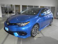 Corolla+iM+trim%2C+ELECTRIC+STORM+BLUE+exterior+and+BLA