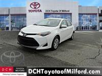 EPA 36 MPG Hwy/28 MPG City! CARFAX 1-Owner, Toyota