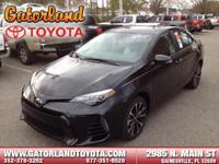 2017 Toyota Corolla SE This hot Corolla will have you