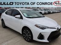 White 2017 Toyota Corolla SE 35/28 Highway/City