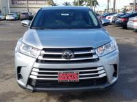 Options:  2017 Toyota Highlander Le|Silver|Carfax