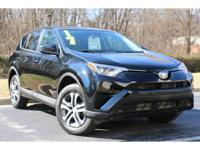 2017 toyota rav4 le. Clean carfax 1 owner north