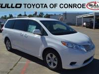 White 2017 Toyota Sienna LE 27/19 Highway/City MPG