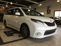 Looking for a clean, well-cared for 2017 Toyota Sienna?