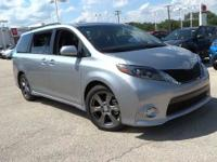 Options:  2017 Toyota Sienna Se|Silver Sky