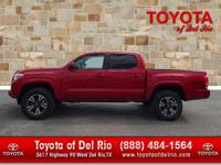 Options:  Barcelona Red Metallic|Truck Bed D-Rings|Sr
