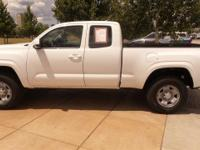 New Price! 4WD. CARFAX One-Owner. Clean CARFAX. Super