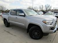 Toyota Tacoma Silver Sky Metallic SR5 2017 Certified,