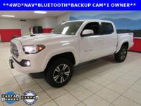 ONE OWNER, NAVIGATION, SUNROOF, Tacoma SR5 V6, 4D