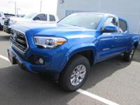 EPA 23 MPG Hwy/18 MPG City! CARFAX 1-Owner, Toyota