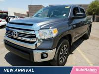 TRD OFF ROAD PACKAGE,BEDLINER,EXHAUST TIP,Bluetooth