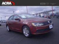 A few of this used Jetta's key features include: a