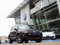 2017 Volkswagen Tiguan SEL  Options:  Navigation System