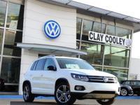 2017 Volkswagen Tiguan Sport  Options:  Navigation