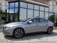 2017 VOLVO S60 T5 AWD Dynamic Sedan... Osmium Grey