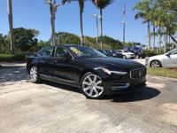 SOLD NEW AT WESTON NISSAN-VOLVO!CARFAX One-Owner.31/22