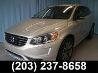 2017 Volvo XC60 T6! HEATED FRONT SEATS, HEADLAMP