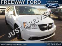 White 2017 Dodge Grand Caravan SXT FWD 6-Speed