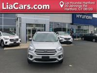 New Arrival! This 2017 Ford Escape SE, has a great