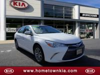 White 2017 Toyota Camry XLE FWD 6-Speed Automatic 2.5L