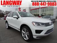 New Price! 2017 Volkswagen Touareg V6 Executive CARFAX