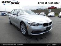Glacier Silver Metallic 2018 BMW 3 Series 320i xDrive