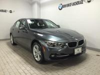 NAV, Heated Seats, Sunroof, All Wheel Drive, Rear Air,