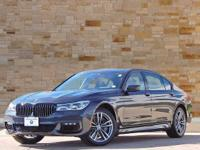 This 2018 BMW 7 Series comes with AWD/all-wheel drive,